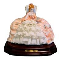 Декоративная Статуэтка «Мадам Помпадур»