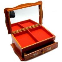 Деревянная шкатулка для бижутерии «Мисс элегантность»
