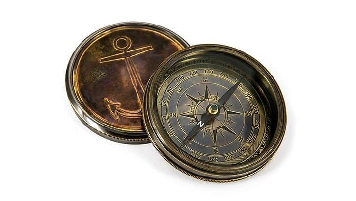 Компас с календарём «Калиостро»